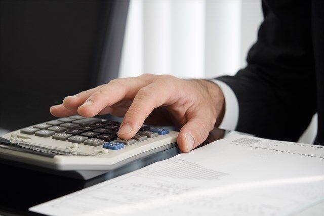 刑事事件の弁護士費用の相場は約35万円~140万円程度