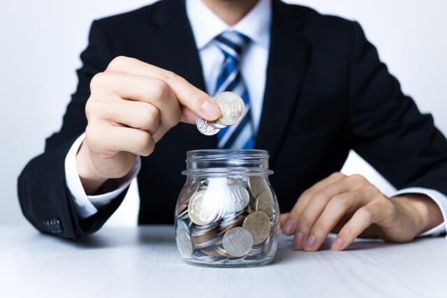 離婚する場合、退職金は財産分与の対象?基準や受け取るためのポイント