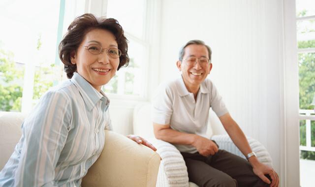高齢者と詐欺師との会話のやり取りから分かる還付金詐欺の巧妙な手口